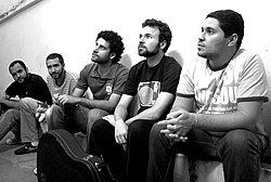 Banda Cinco Rios encerra o terceiro ano da Quarta Sônica no Teatro Marilia