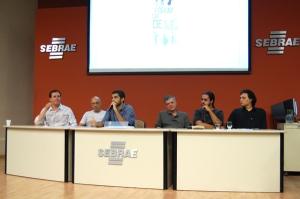 Da esquerda para a direita: Netor Sant'anna, Weber Lopes, Makely Ka, Túlio Mourão, Vítor Santana, Juliano Jubão (Foto: Lucas Mortiner)